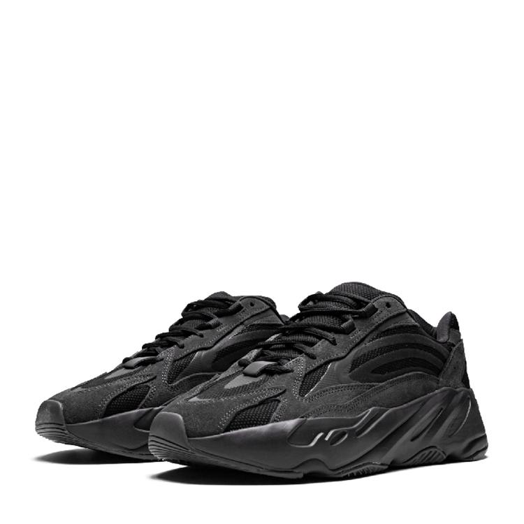 有没有类似Yeezy Boost的鞋子? ,这是不一样的品牌,很便宜。