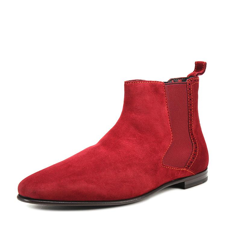 酒红色皮鞋搭配衣服图片