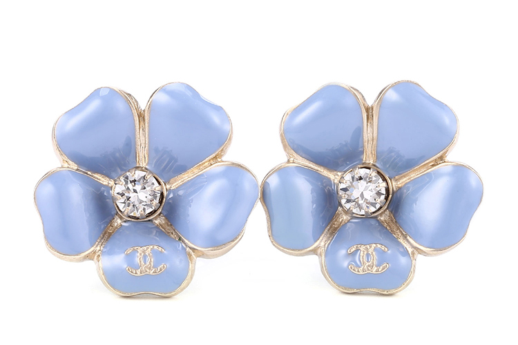 chanel(香奈儿) 浅蓝色山茶花水钻装饰耳环