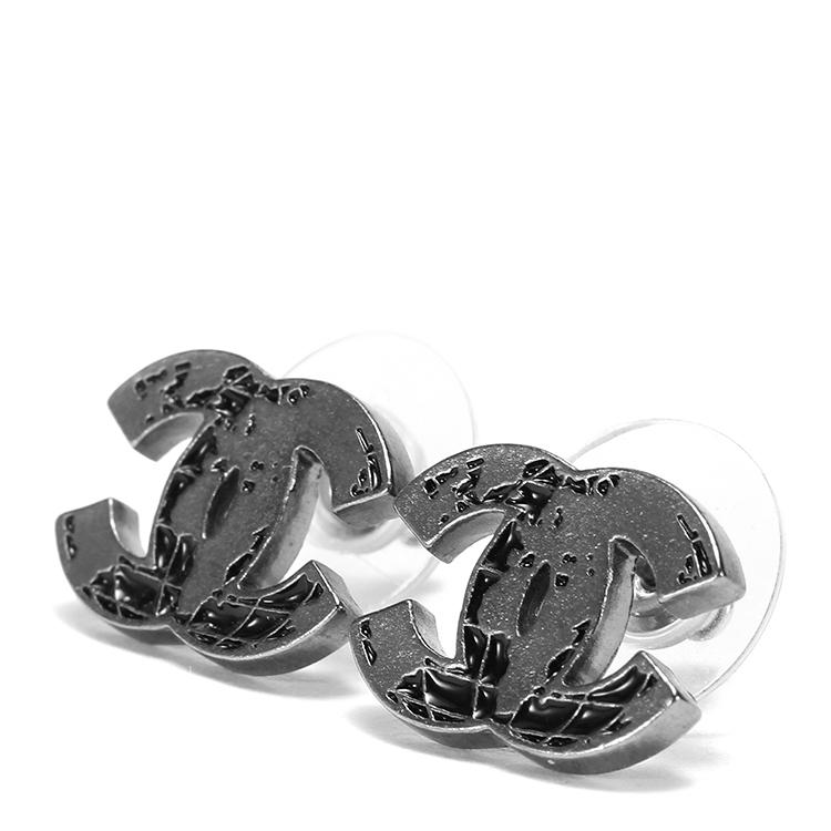chanel(香奈儿) 铁灰色地球仪耳钉