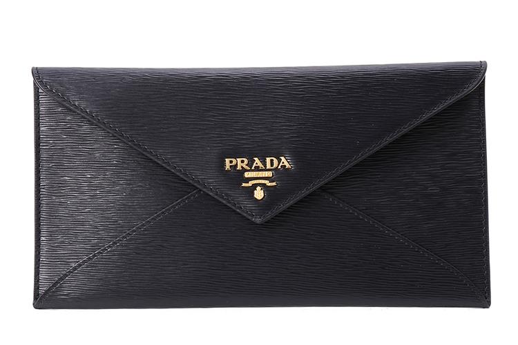 prada(普拉达) 黑色水木纹皮质信封包
