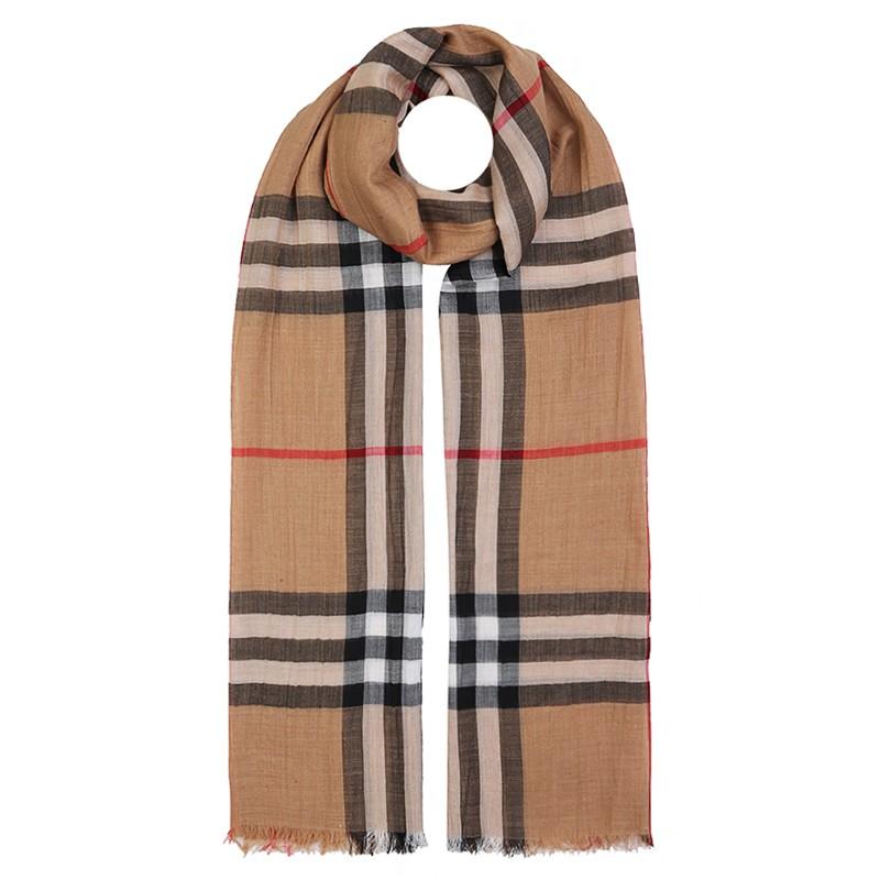 burberry围巾图片