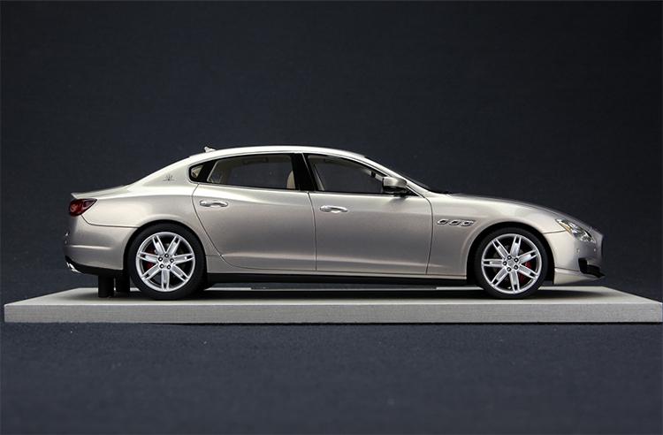 B.B.R一个全球汽车模型的传奇品牌,其产品充满了超级汽车的激情和动感。B.B.R同时也兼具了汽车模型产品特有的精细和巧夺天工,B.B.R品牌的诞生,来源于品牌创始团队:Balestrini、Barberis、Reali三人姓名的缩写, B.B.R在意大利北部的小镇Saronno起步,将无限的灵感、激情和想象力注入到B.