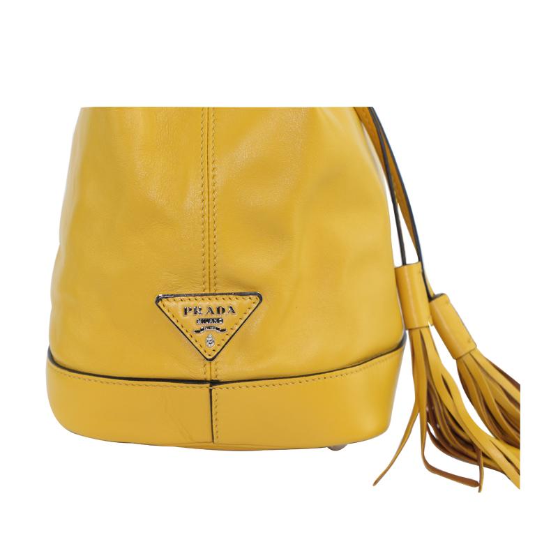 女士牛皮黄色水桶包单肩包